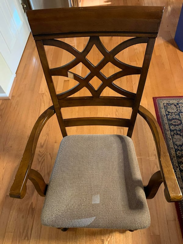 All Wooden Table and 6 chairs - FAIR CONDITION d673276a-5eba-49d3-bfce-e1d289852094