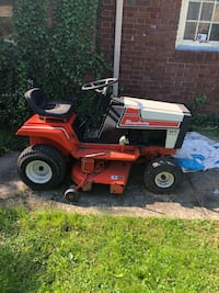Riding lawn Morer 4211  (tractor) Deck width is 36 inches