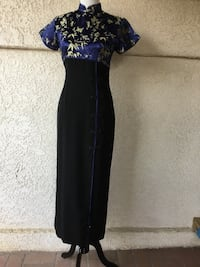 80s Lovely Blue, Black & Gold Chinese Cheongsam Style Dress w/frog closures details Castaic, 91384