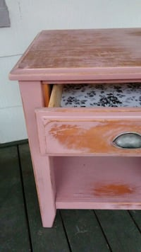 Antique wood End table/ night stand 69 km