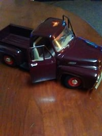1953 F100 diecast Yatming1/18 Parma, 44129