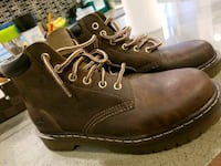 Deer Stags Boots Vancouver, V5R 4Y3