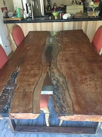 brown and black wooden table Vista, 92083