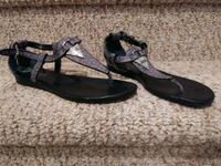 Women's Size 7 Sandals by Guess Woodbridge, 22193