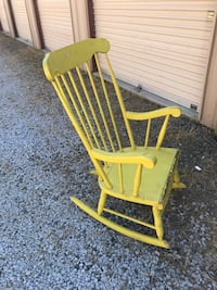 Wooden Rocking Chair Fresno, 93720