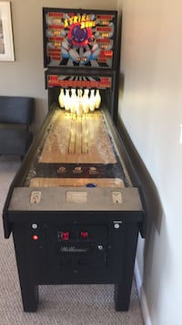 bowling machine mint cond  smoke free home works great 1.125.00 call John for info  also black and blue  poker table and boxes of chips for sale mint cond call for info  John @  [PHONE NUMBER HIDDEN] Rochester, 03867