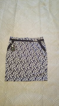 black, blue, and white printed mini skirt Asheville, 28805