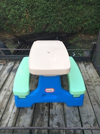 Little Tikes Kids Picnic Table North Bay, P1A 3G3