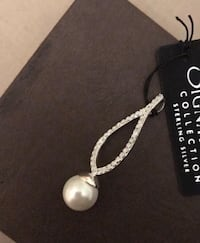 Signature Pearl and Silver pendant necklace Toronto, M2N 0B7