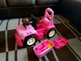 Kids pink jeep ride on toy