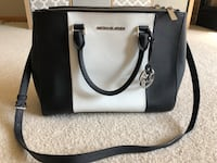 Michae Kors Bag Cottage Grove, 55016