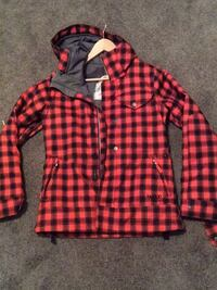 Woman's medium burton winter jacket Prince George, V2K 5R5