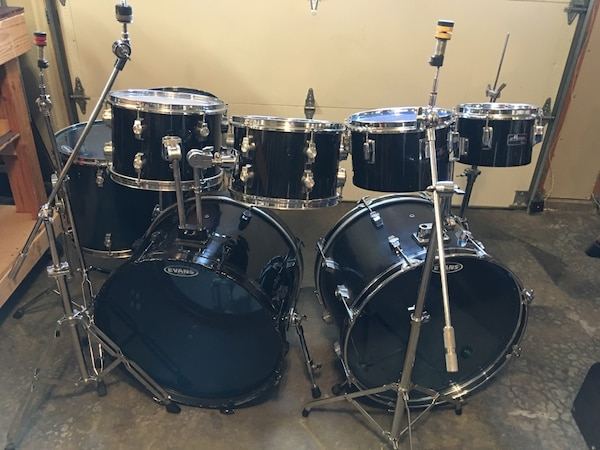 used 80 s 8 piece double bass drum set cb by pearl for sale in bothell letgo. Black Bedroom Furniture Sets. Home Design Ideas