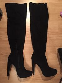 Brand new tall black suede boots. Price firm  Montréal, H9J 1Z3
