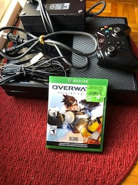 Black Xbox one with controller and charging port and 7 games  Toronto, M1B 2L5