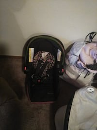 black and gray car seat carrier Colorado Springs