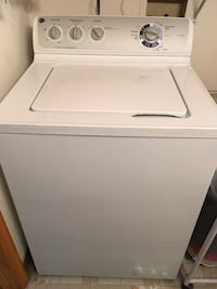 GE heavy duty washer....aprox 3 yrs old...moving must sell....pick up in Wilkes barre Wilkes-Barre, 18702