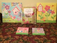 Girls Bedding Set, (7 piece Full Size) with 4 Matching Beautiful Wall Art in Excellent Condition West Melbourne, 32904