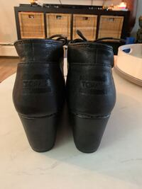 Toms wedge booties