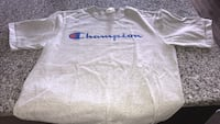 Authentic champion shirt in size men's medium  Guelph, N1G 0A5