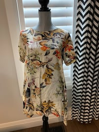 Women's long top size XL London, N6M 0E5