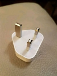Genuine Apple iPhone 3-pin (UK) Wall Charger Plug with USB slot