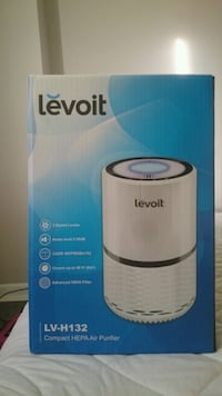 Brand new air purifier never been LOL box Kitchener, N2H 1T7