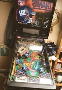 NY Giants Pinball Machine - Great Condition COLUMBUS