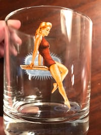 Vintage sexy pin up cocktail glasses