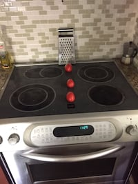gray and black induction range oven 904 mi