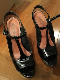 Elizabeth & James patent leather open toe heel Montréal, H4E 3B2