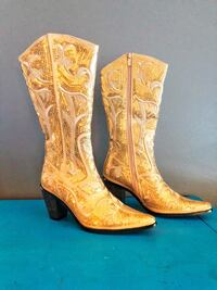 Glamour cowboy boots size 7 519 km