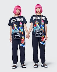 MOSCHINO [TV] H&M BLACK DISNEY T-SHIRT NWT SIZE XS SOLD OUT