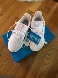 Girls Adidas size 1 Silver Spring, 20904