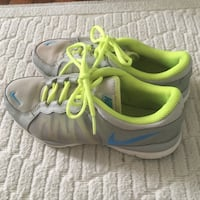 Nike shoes size 7 Greenville, 29609