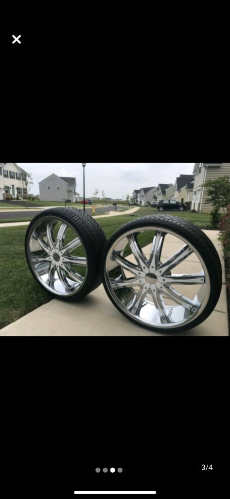 Photo 22 inch brand new rims and tires Please no lowballing Universal 5lug