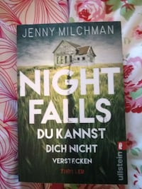 Jenny Milchmann - NIGHT FALLS Hamburg