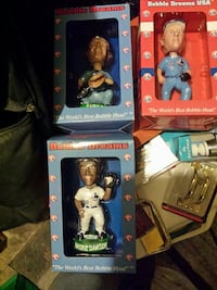 three assorted bobble heads Montréal-Est, H1B 5C5