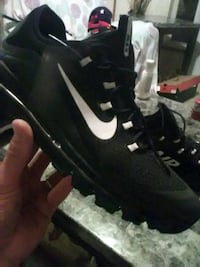 Mens size 10 airmaxs wore once paid140 Richmond, 47374