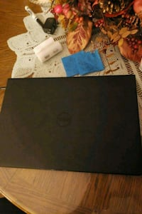 Black laptop Dell 15 inch screen  24 km