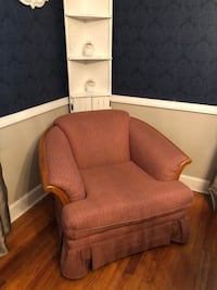Living room chair great condition  Washington, 20024
