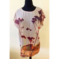 Women's printed top size small Toronto, M3J 1L7