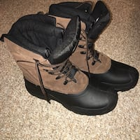 Quest brown and black leather duck boots Sacramento, 95834
