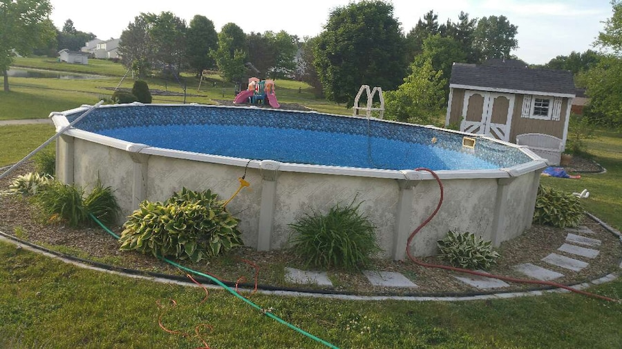 Letgo 24 foot round 52 deep ab in north ridgeville oh for Deep above ground pools