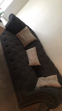 Only 350$, originally 700$ marisol sofa... only had for 8 months Toledo, 43606