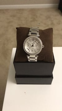 MK female watch never worn needs battery Woodbridge, 22192