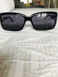 Black Gucci framed  sunglasses