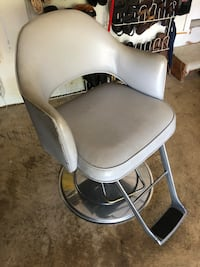 Beauty Salon Chair Alexandria, 22315