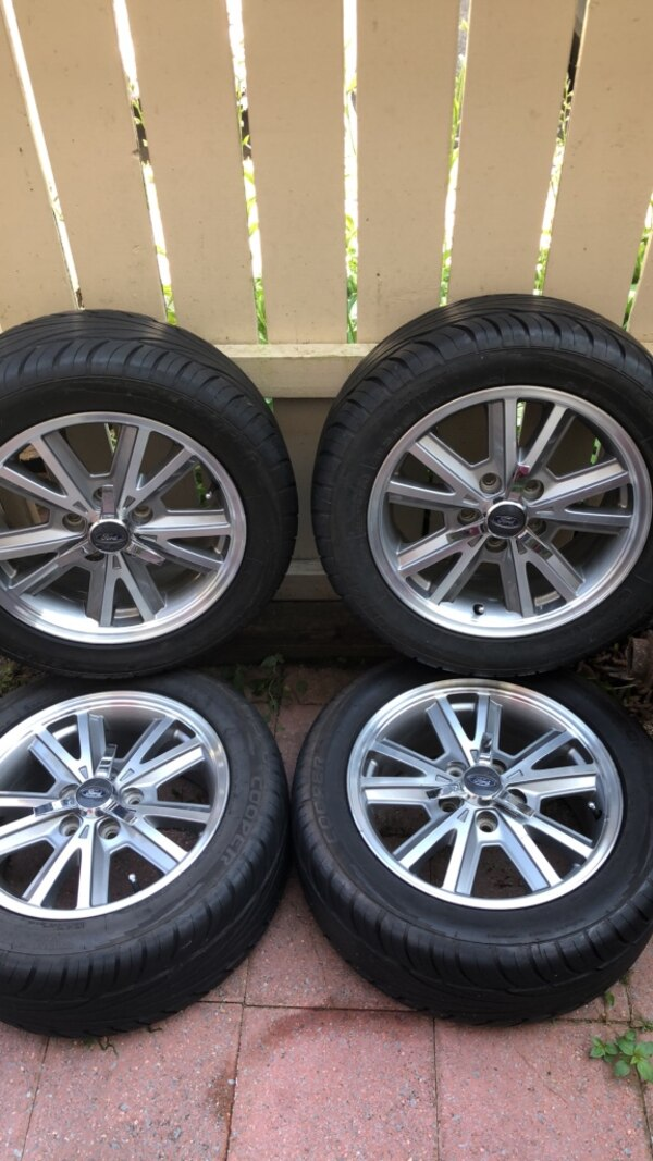 2005 Mustang Wheels >> 05 Mustang Gt Conv Wheels And Tires