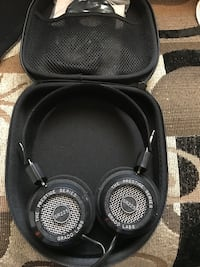 Grado sr225 headphones with case and xtra ear pads.  Pd $200 like new